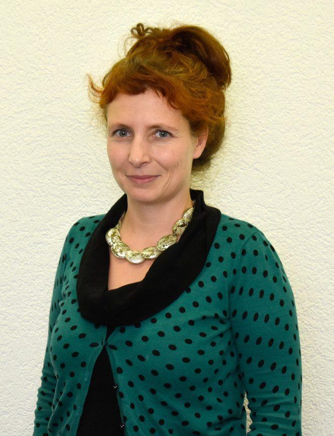 Angela Matli - Kampagnenleiterin Minderheiten & Diskriminierung