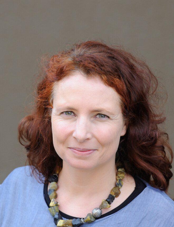 Angela Mattli