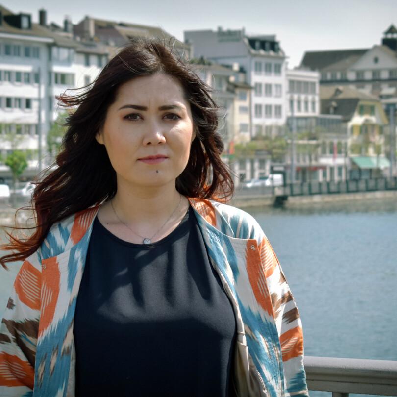 Rizwana Ilham, Uigurin in der Schweiz