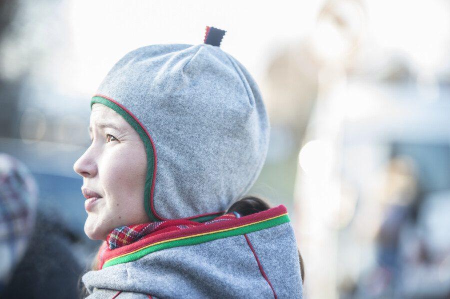 L'activiste samie Maja Jama de Norvège. Photo : Franziska Rothenbühler